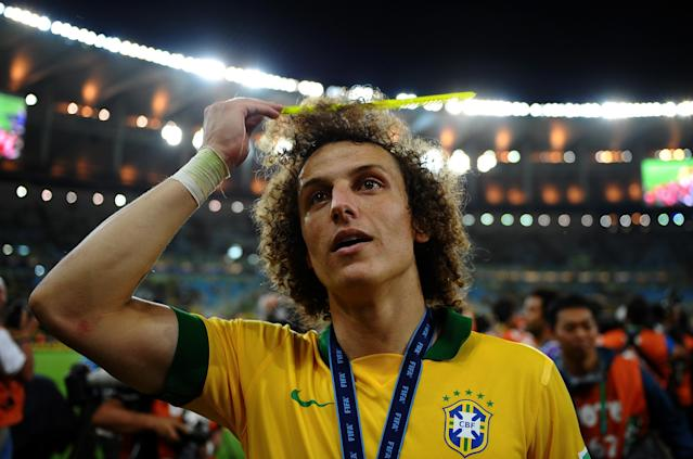 RIO DE JANEIRO, BRAZIL - JUNE 30: David Luiz of Brazil celebrates at the end of the FIFA Confederations Cup Brazil 2013 Final match between Brazil and Spain at Maracana on June 30, 2013 in Rio de Janeiro, Brazil. (Photo by Laurence Griffiths/Getty Images)