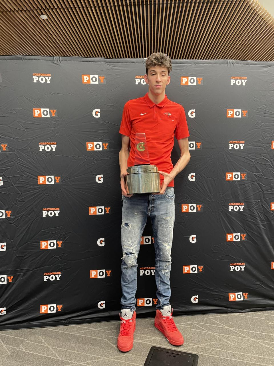 The No. 1 player in high school basketball, Chet Holmgren, was named the Gatorade National Player of the Year. (Photo courtesy of Gatorade)