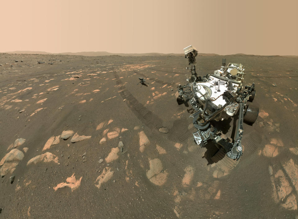 Nasa's Perseverance rover and Ingenuity helicopter