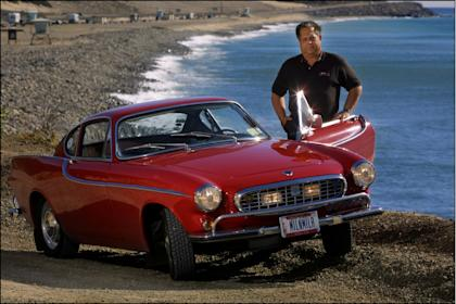 Irv Gordon and his 2.9-million-mile Volvo P1800
