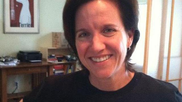 Justice Roberts' Lesbian Cousin to Attend Gay Marriage Arguments