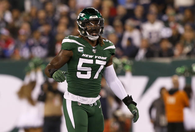 "Year 1 of <a class=""link rapid-noclick-resp"" href=""/nfl/players/27545/"" data-ylk=""slk:C.J. Mosley"">C.J. Mosley</a>'s record contract did not go as planned for the Jets. (Photo by Jim McIsaac/Getty Images)"