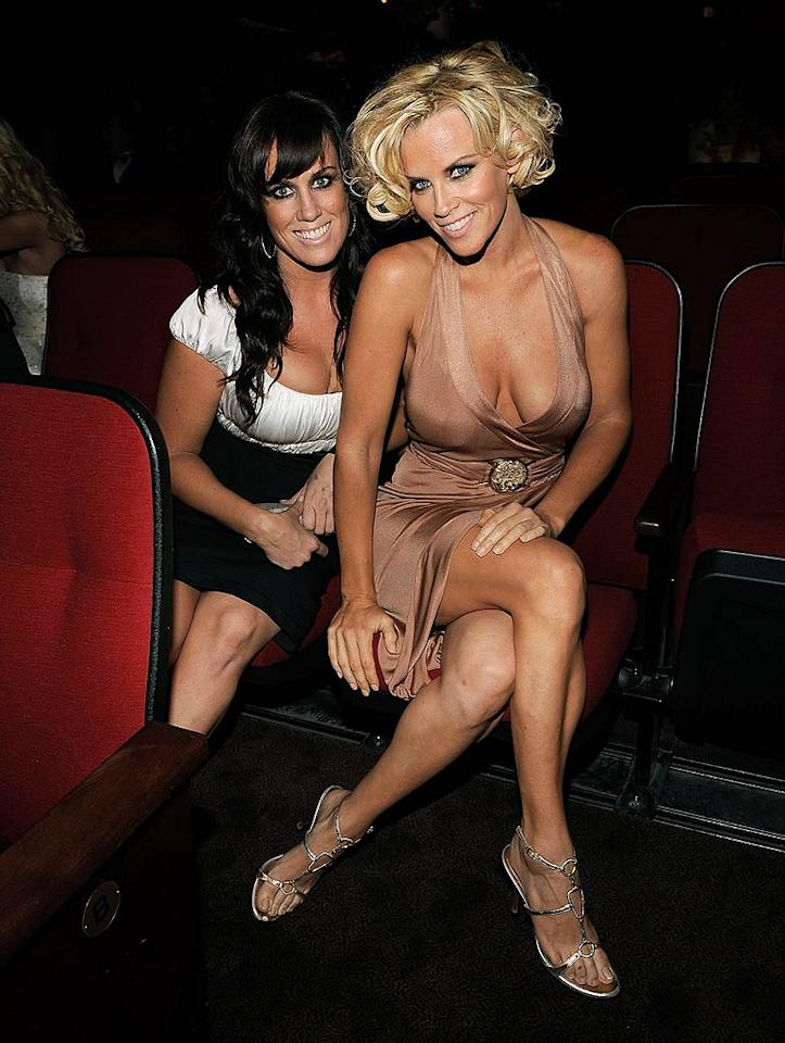 """Jenny McCarthy and her guest rock the tanzilla raccoon look. Larry Busacca/<a href=""""http://www.wireimage.com"""" target=""""new"""">WireImage.com</a> - May 17, 2008"""
