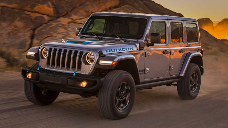 2021 jeep wrangler 4xe debuts with two electric motors