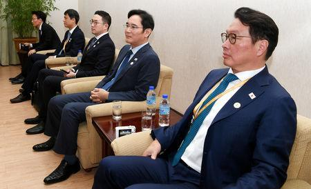 Samsung group Vice Chairman Jay.Y Lee and SK Group Chairman Chey Tae-won meets with North Korea's deputy prime minister for economic affairs Ri Ryong Nam, in Pyongyang, North Korea, September 18, 2018. Pyeongyang Press Corps/Pool via REUTER