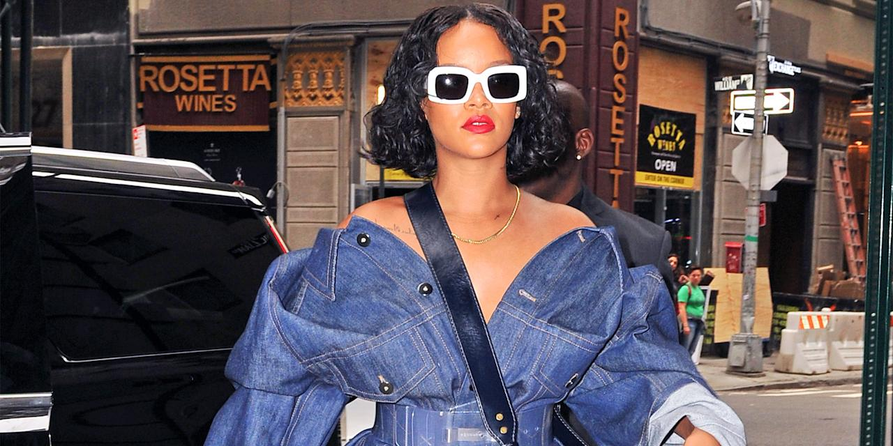 <p>See the singer's best looks. </p>