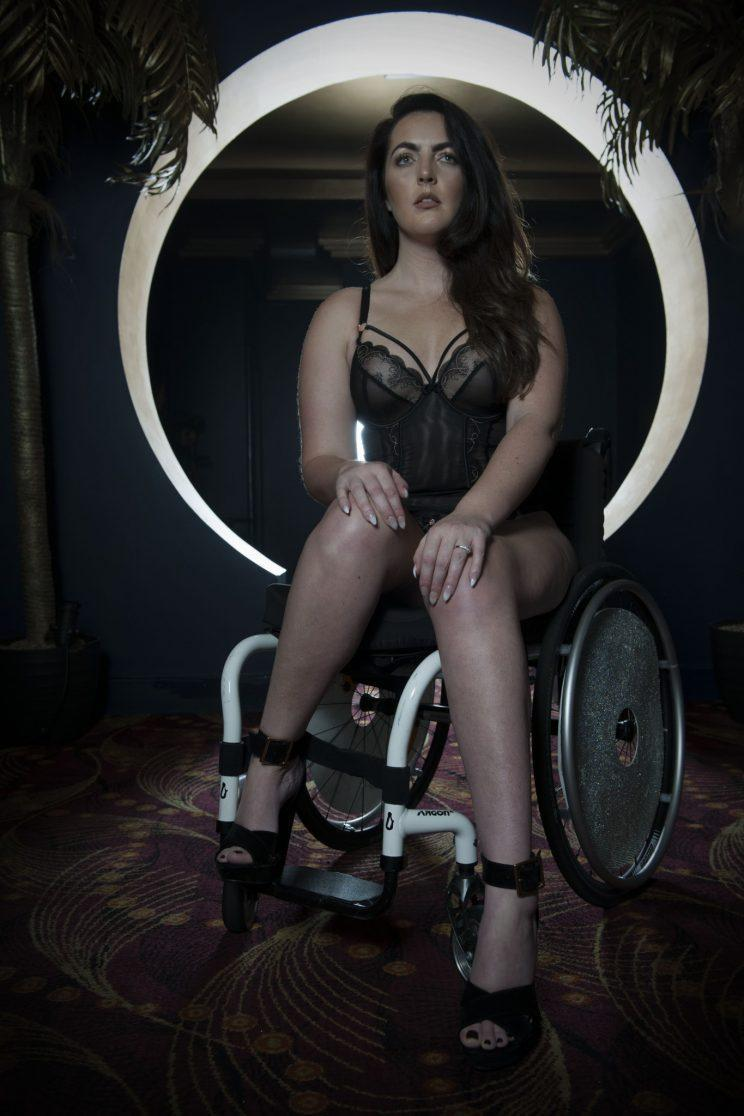 Gemma Flanagan poses up a storm in the campaign [Photo: Curvy Kate]