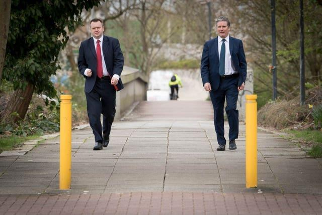 Labour leader Sir Keir Starmer (right) visits Milton Keynes Police Station with shadow home secretary, Nick Thomas-Symonds