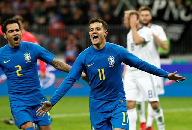 Soccer Football - International Friendly - Russia vs Brazil - Luzhniki Stadium, Moscow, Russia - March 23, 2018 Brazil's Philippe Coutinho celebrates with Dani Alves after scoring their second goal REUTERS/Sergei Karpukhin