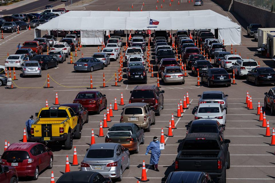 Cars line up for Covid-19 tests at the University of Texas El Paso on October 23, 2020 in El Paso, Texas. / Credit: Photo by Paul Ratje / AFP) (Photo by PAUL RATJE/AFP via Getty Images