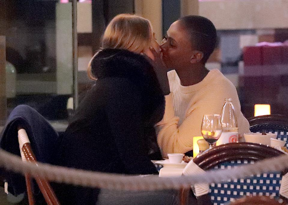 The Bachelor contestants Rachael Arahill and Vakoo Kauapirura have been spotted locking lips. Photo: Diimex