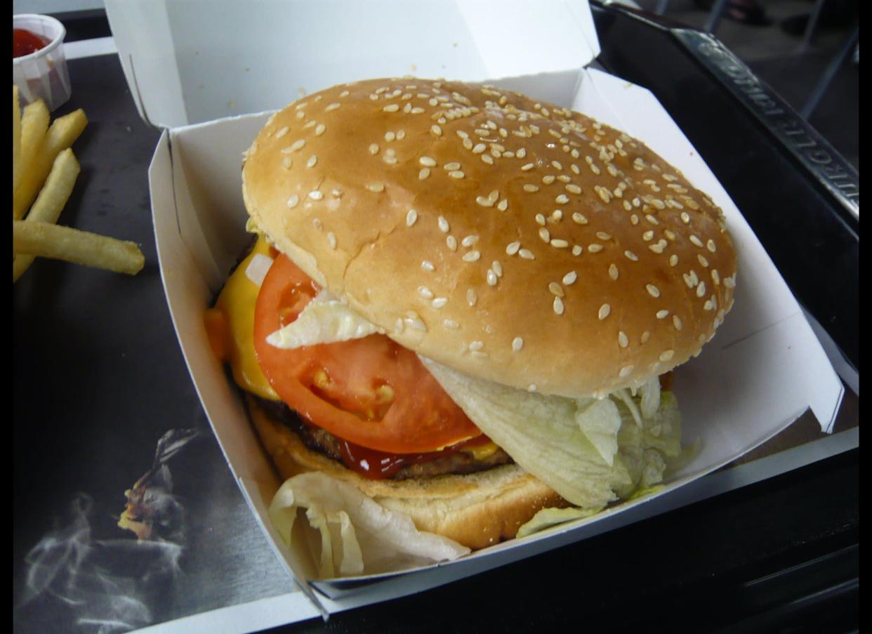 "In June 2001, 22-year-old Angelina Cruz bit into a burger from Burger King -- and <a href=""http://www.nydailynews.com/archives/news/2001/07/28/2001-07-28_fast-food_customer__i_bit_ne.html"" rel=""nofollow noopener"" target=""_blank"" data-ylk=""slk:got pricked in the tongue by a syringe"" class=""link rapid-noclick-resp"">got pricked in the tongue by a syringe</a>. Citing HIV fears, she sued the chain for $9 million."