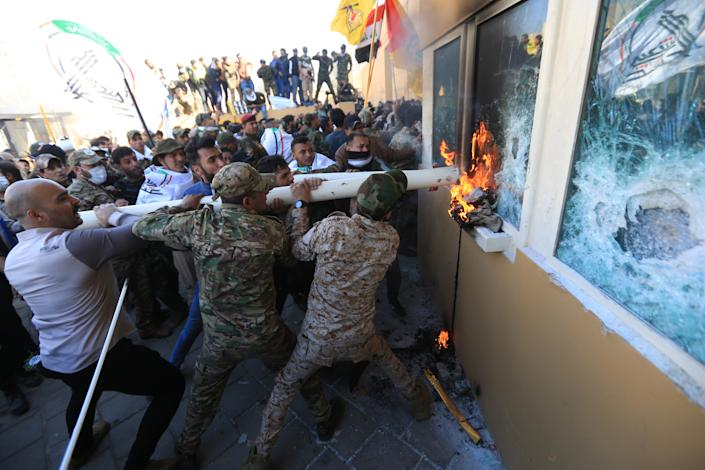 Outraged Iraqi protesters storm the U.S. Embassy in Baghdad, protesting Washington's attacks on armed battalions belong to Iranian-backed Hashd al-Shaabi forces on December 31, 2019. (Photo: Murtadha Sudani/Anadolu Agency via Getty Images)