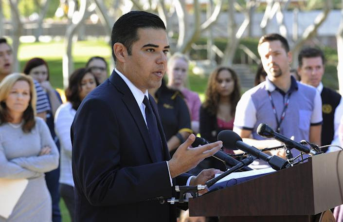 If appointed, Robert Garcia (D) — mayor of Long Beach, California — would be both the state's first Latino senator and the state's first openly LGBTQ senator. (Photo: Bob Riha Jr / Reuters)