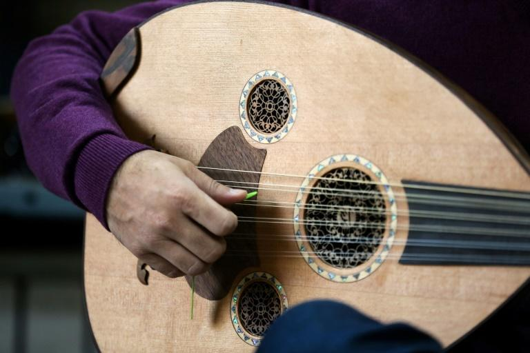 The Oriental lute known as the oud in Arabic, commonly called the barbat in Persian, is making a comeback in Iran