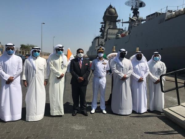 INS Kolkata arrives at Shuwaikh Port, Kuwait (Photo Credit: Twitter/ India in Kuwait)