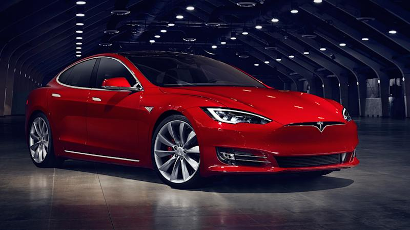 Tesla will discontinue cheapest Model S on Sunday