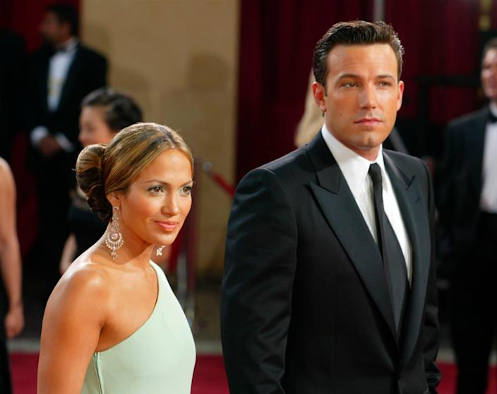 """<h1 class=""""title"""">Arrest Warrant Issued For Ben Affleck After Alleged Threats</h1><cite class=""""credit"""">Photo by Kevin Winter/Getty Images</cite>"""