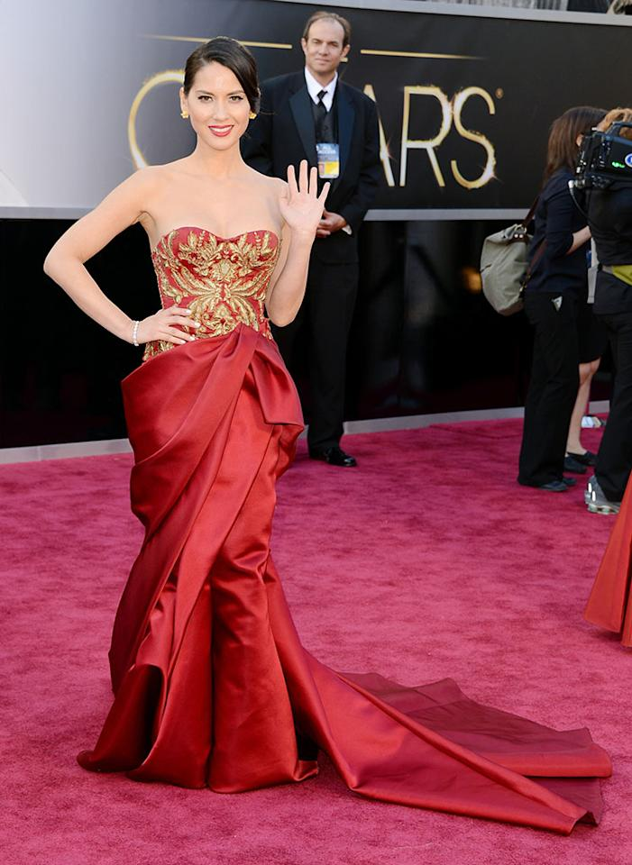 Olivia Munn arrives at the Oscars in Hollywood, California, on February 24, 2013.