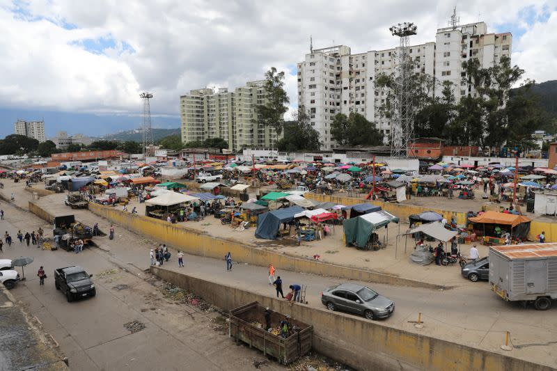General view of the Coche wholesale market during the closing hour amid coronavirus (COVID-19) disease outbreak in Caracas