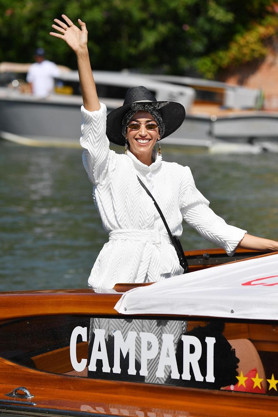 <p>Nina Zilli rocked a black-and-white ensemble while arriving on Sept. 5. </p>
