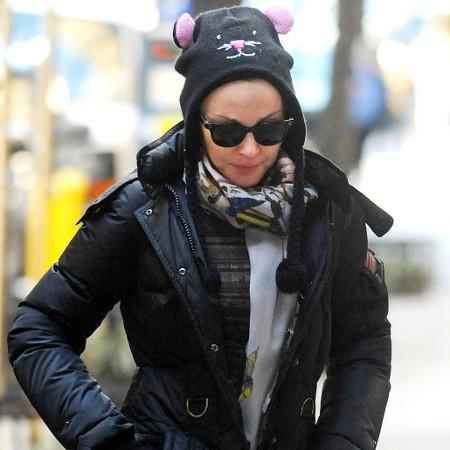 Madonna 'sends bodyguard on daughter's date'