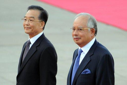 Malaysia's PM Najib Razak (R) had recently requested for pandas during a meeting with Chinese PM Wen Jiabao