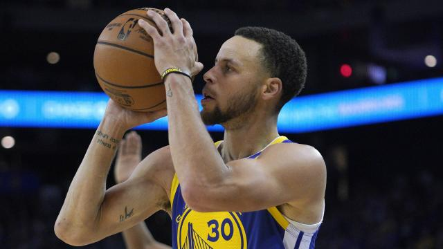 Curry scored 25 points in the win over Charlotte Hornets.