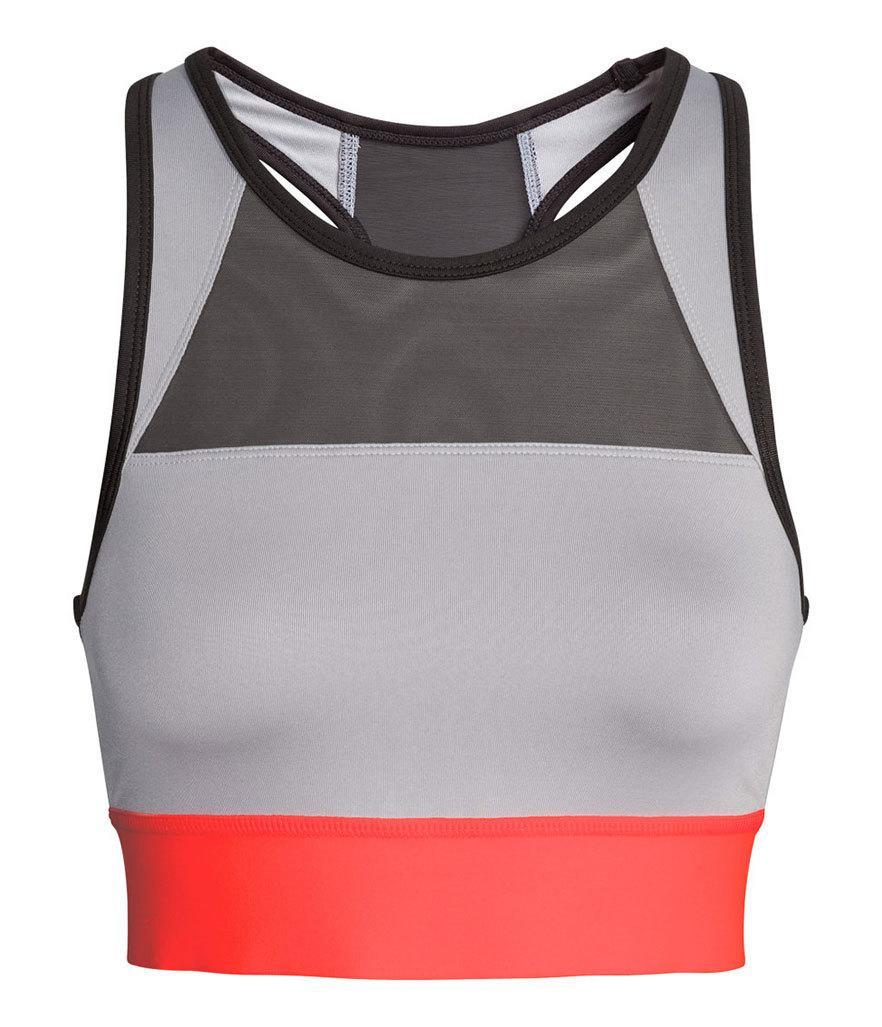 "<p>H&M Sports Bra Medium Support, $25, <a href=""http://www.hm.com/us/product/37827?article=37827-D&cm_vc=GOES_WITH_PD"" rel=""nofollow noopener"" target=""_blank"" data-ylk=""slk:hm.com"" class=""link rapid-noclick-resp"">hm.com</a><br><br></p>"