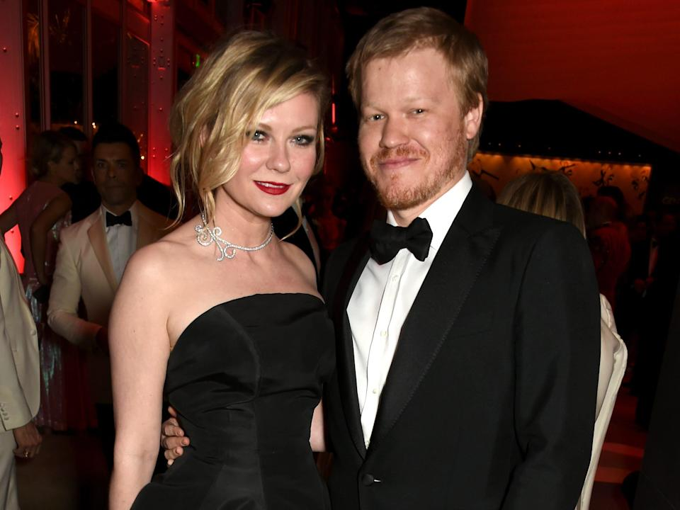 Actors Kirsten Dunst (L) and Jesse Plemons attend the 2017 Vanity Fair Oscar Party hosted by Graydon Carter at Wallis Annenberg Center for the Performing Arts on February 26, 2017 in Beverly Hills, California.