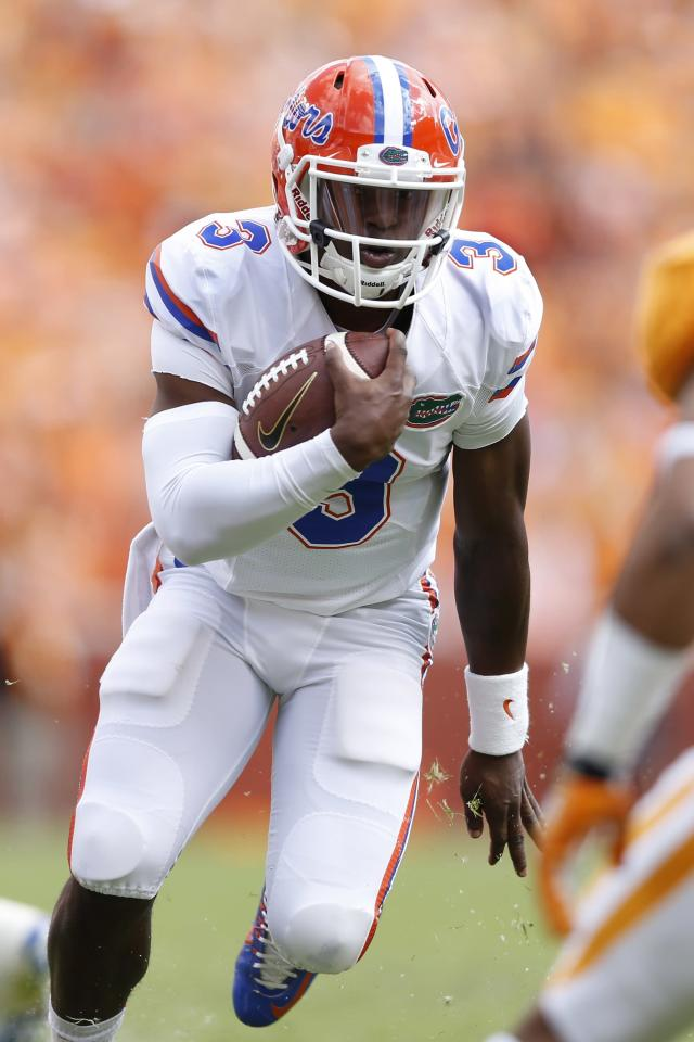 Florida QB Treon Harris' accuser withdraws sexual battery complaint; Harris reinstated
