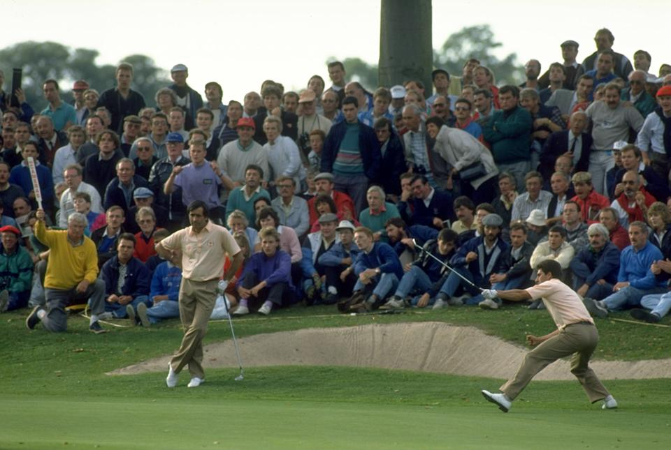 1989:  Seve Ballesteros (left) of Spain watches as Jose-Maria Olazabal  (right) misses his putt on the 10th green during the Ryder Cup at The Belfry Golf Cub in Sutton Coldfield, England. The event finished in a 14-14 draw which was enough for Europe toretain the trophy. \ Mandatory Credit: David  Cannon/Allsport