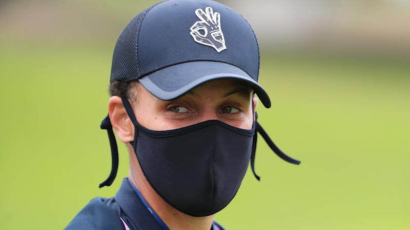 With three months to kill, Steph Curry offers his caddie services to Collin Morikawa