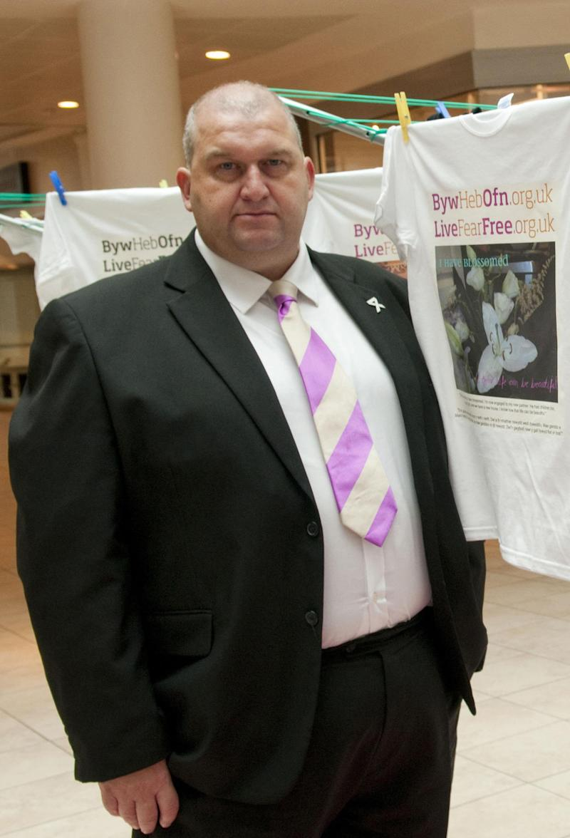 <strong>Carl Sargeant denied allegations of 'unwanted attention, inappropriate touching or groping'.</strong> (PA Wire/PA Images)