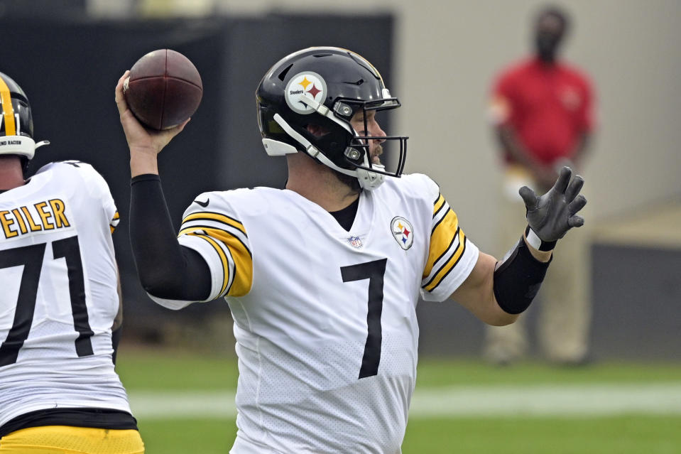 Pittsburgh Steelers quarterback Ben Roethlisberger (7) throws a pass against the Jacksonville Jaguars during the first half of an NFL football game, Sunday, Nov. 22, 2020, in Jacksonville, Fla. (AP Photo/Phelan M. Ebenhack)