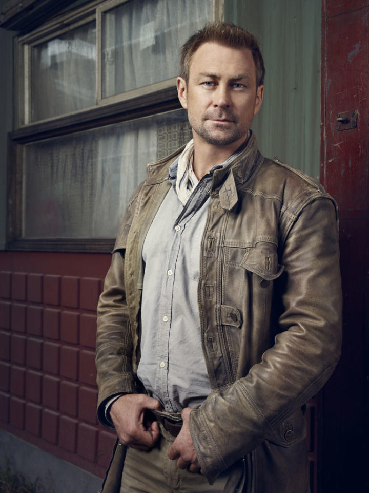 "Grant Bowler as Joshua Nolan on Syfy's ""Defiance."""