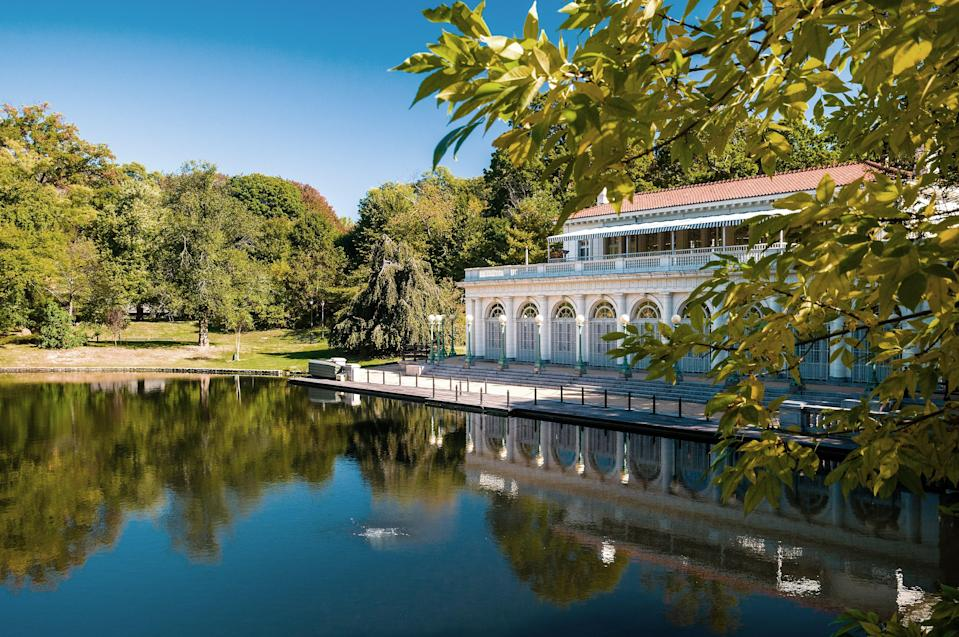 """<p><strong>Let's start big picture. What's the vibe here?</strong><br> Though not quite as famous outside of its borough, Prospect Park is in many ways the <a href=""""https://www.cntraveler.com/activities/new-york/central-park?mbid=synd_yahoo_rss"""" rel=""""nofollow noopener"""" target=""""_blank"""" data-ylk=""""slk:Central Park"""" class=""""link rapid-noclick-resp"""">Central Park</a> of Brooklyn; in fact, it was designed shortly after by the same team of architects, Frederick Law Olmsted and Calvert Vaux, and has many of the same features: sprawling meadows made for picnicking, walking trails that snake through dense forests, and a picturesque lake. There's also a carousel, playgrounds, a zoo, basketball and tennis courts, and a 3.35-mile loop road that's popular with runners and bikers.</p> <p><strong>Any standout features or must-sees?</strong><br> Start at the northern end, at Grand Army Plaza (where there's a bustling farmer's market year-round on Saturdays), cross the main drive, and stick to the walking paths that run along the edges of Long Meadow. Then continue into the ravine before looping around Prospect Park Lake, where you can rent paddle boats or canoes in summer. Toward the southern end of the park, the LeFrak Center offers ice skating in winter and roller skating in summer, and Smorgasburg, a Sunday local food fair, pops up from April to October. Another summer series is in the Bandshell, where big name bands play weekly free concerts (check out the <a href=""""https://www.bricartsmedia.org/"""" rel=""""nofollow noopener"""" target=""""_blank"""" data-ylk=""""slk:Celebrate Brooklyn"""" class=""""link rapid-noclick-resp"""">Celebrate Brooklyn</a> website for the latest lineup).</p> <p><strong>Was it easy to get around?</strong><br> Signage is pretty minimal, but navigating with the help of Google Maps or the free Prospect Park App, which includes a map and a directory, is easy. There are restrooms near the bandshell, in the picnic house, at the carousel, and at LeFrak. New York City parks are mostly ADA """
