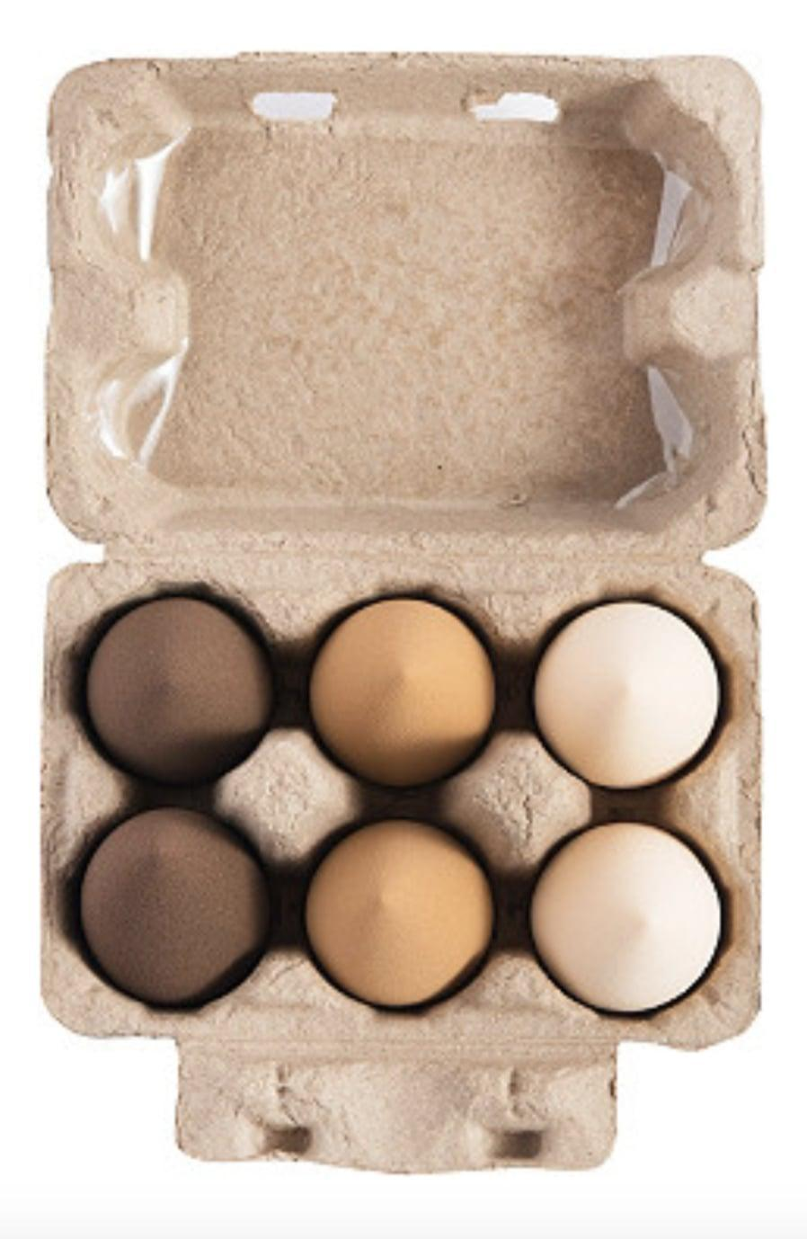 <p>How cute are these <span>Beauty Bakerie Blending Egg Beauty Sponges</span> ($18)!? They are perfect for all your blending and baking needs!</p>
