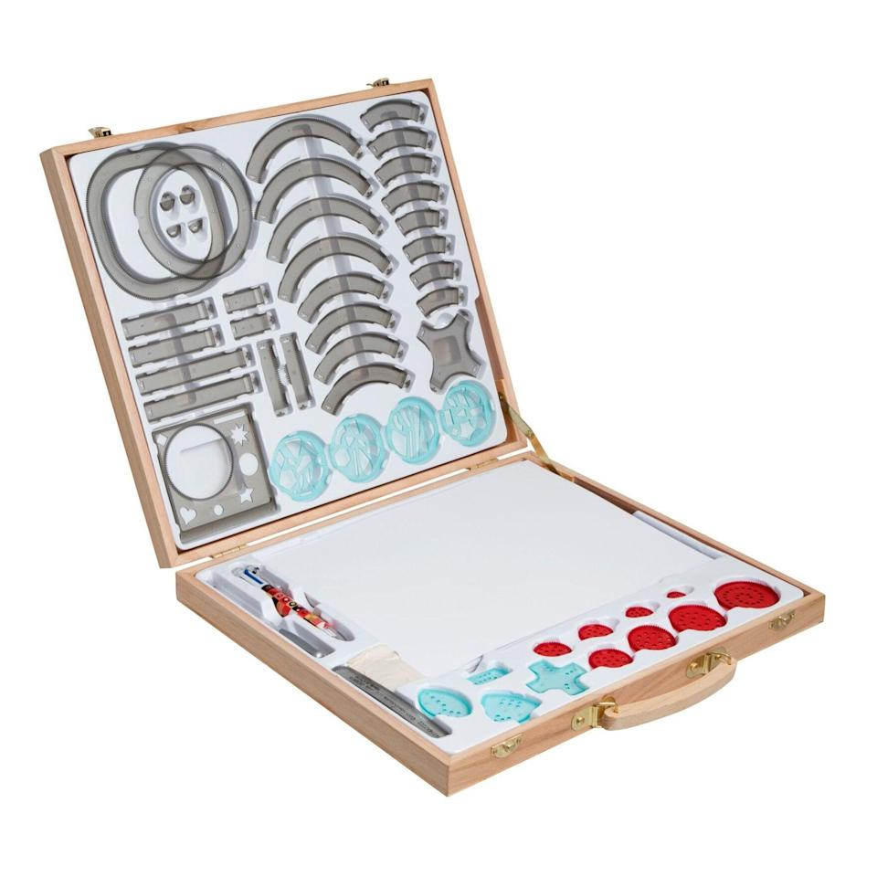 <p>The <span>Deluxe Spiral Art Set</span> ($45) is a great place for someone to create their best art. Tap into their creative side and let them express themselves; what could be better than that?</p>