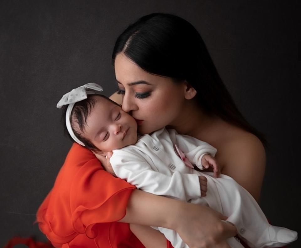 Renowned model and TV actress, Mahi Vij was already mother of two children she and husband Jay Bhanushali had adopted several years ago. The couple became biological parents for the first time after the cherubic Tara arrived in their lives on 21st August 2019. The family has a cozy time in their Mumbai apartment and we got all the glimpses shared through Instagram.