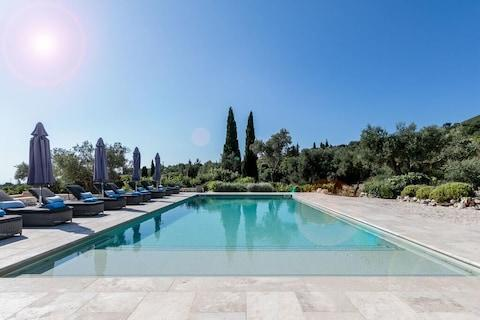 Villa Lagaria will impress the most critical of teens - and, as it sleeps 12, there's plenty of space for a friend or two - Credit: Peligoni Beach Club