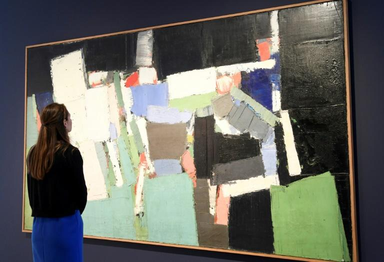 Nicolas De Stael's 'Parc des Princes' depicts an international friendly football match between Sweden and France in 1952