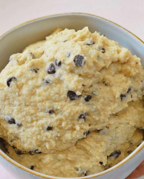 PHOTO: Brittany Williams' Instant Pot chocolate chip cookie dough hummus. (InstantLoss.com)