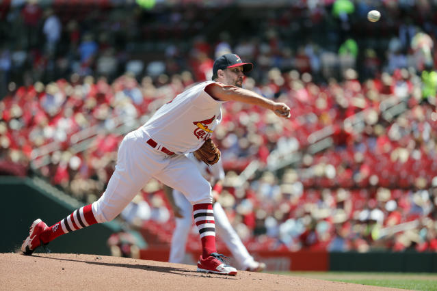 St. Louis Cardinals starting pitcher Adam Wainwright throws during the first inning of a baseball game against the Arizona Diamondbacks Sunday, July 14, 2019, in St. Louis. (AP Photo/Jeff Roberson)