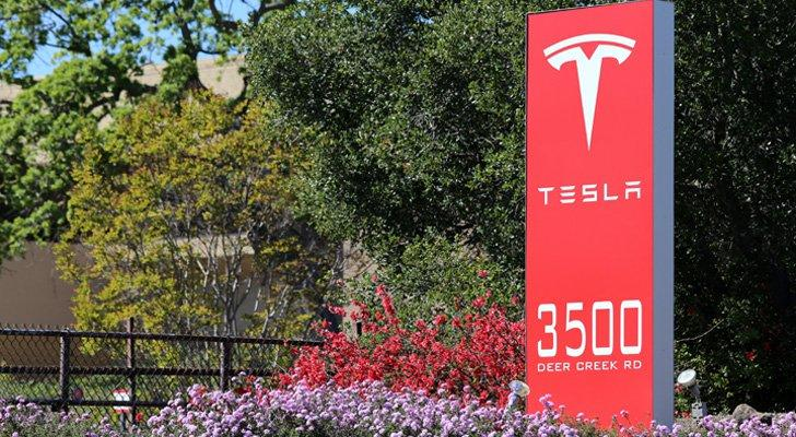 Battery Fires Won't Kill Tesla, But They Sure Won't Help