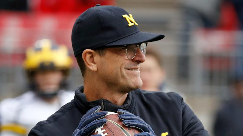 Jim Harbaugh bursts out in song at morning presser