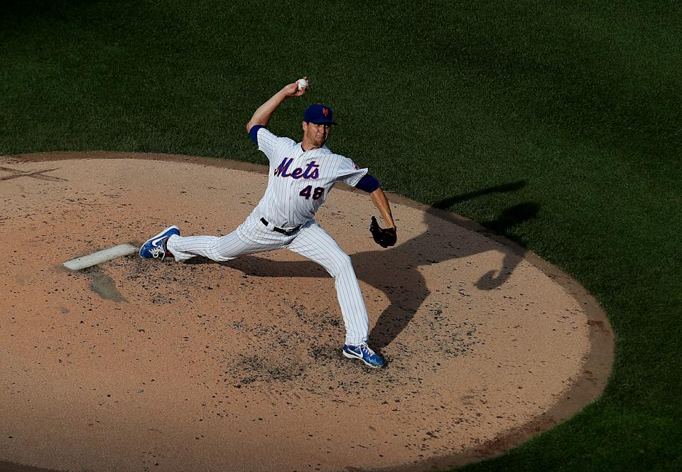 NEW YORK, NEW YORK - AUGUST 05:  Jacob deGrom #48 of the New York Mets pitches against the Miami Marlins during their game at Citi Field on August 05, 2019 in New York City. (Photo by Al Bello/Getty Images)