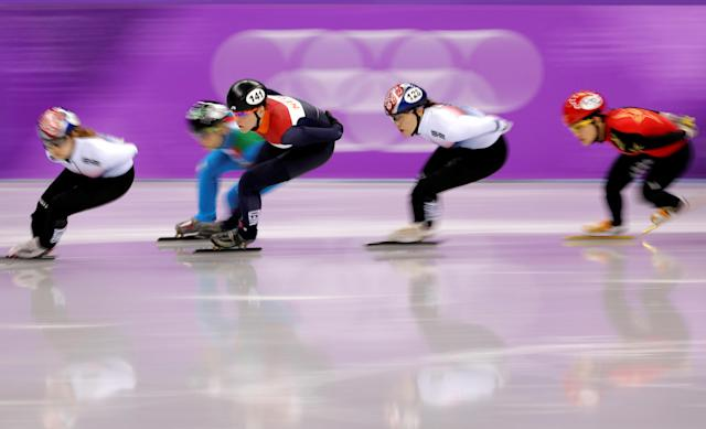 "Short Track Speed Skating Events - Pyeongchang 2018 Winter Olympics - Women's 1500m Finals - Gangneung Ice Arena - Gangneung, South Korea - February 17, 2018 - Choi Min-jeong of South Korea leads Arianna Fontana of Italy, Jorien ter Mors of Netherlands, Kim A-lang of South Korea and Li Jinyu of China. REUTERS/Lucy Nicholson SEARCH ""OLYMPICS BEST"" FOR ALL PICTURES. TPX IMAGES OF THE DAY."