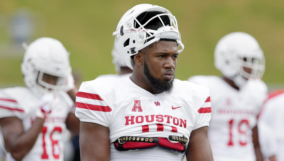 One Houston player you won't see at the Armed Forces Bowl is Ed Oliver, who has opted to sit out the game and focus on the NFL draft. (AP)