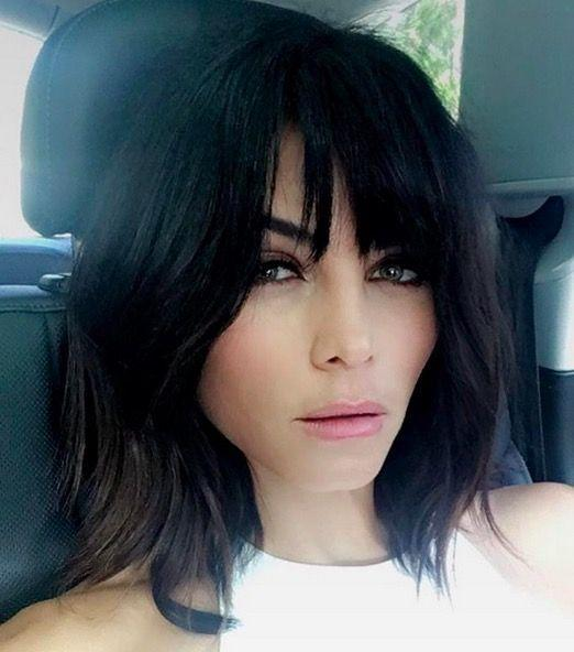 <p>Jenna Dewan Tatum debuted some faux bangs on her Instagram and revealed she took inspiration from model Helena Christiansen for her new look. </p><p>Her hairstylist Kristin Ess achieved the look by razored the temporary bangs into a soft shag with an A-line base. </p>